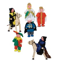 Melissa & Doug Castle Wooden Figure Set 285